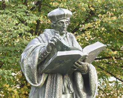 Hendrick de Keyser standbeeld Erasmus Rotterdam