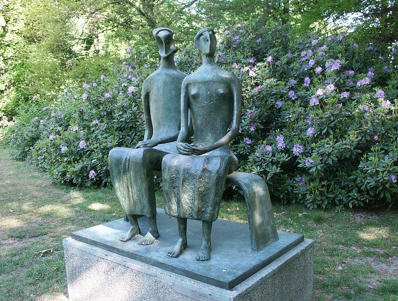 Henry Moore King and Queen 1952-3 Middelheim