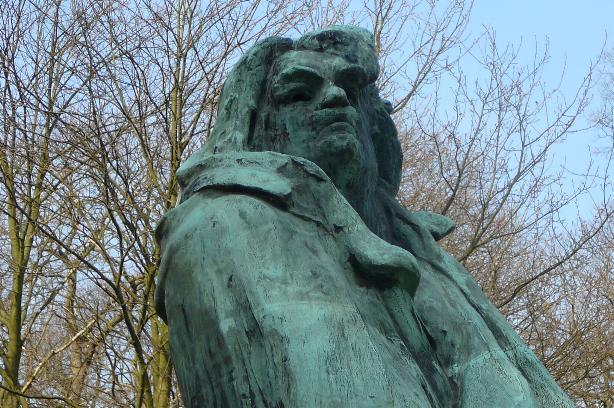 Rodin monument voor Balzac detail